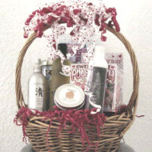 Romantic Bath Gift Basket